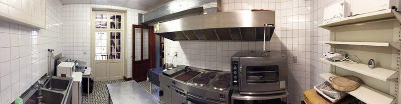 03_chateau-presseux-keuken