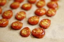 Haal de tomaatjes uit de oven