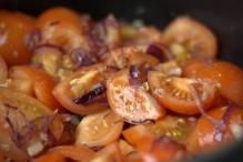 image 13-basis-tomatensaus-roer-door-elkaar-jpg