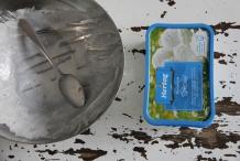 20120211-10-als-het-deksel-er-goed-op-zit-kan-het-bakje-in-de-vriezer