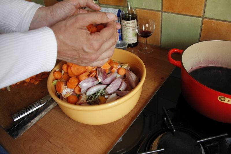 image 4-4-doe-de-groenten-in-de-pan-jpg