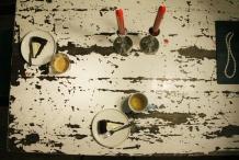 Serveer thee of koffie bij de taart