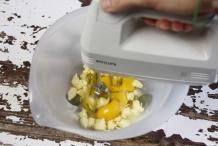 Mix het boter-suiker-eimengsel