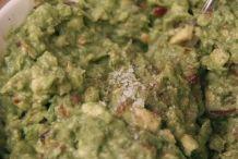 image 24_guacamole_voeg-zout-toe-naar-smaak-jpg