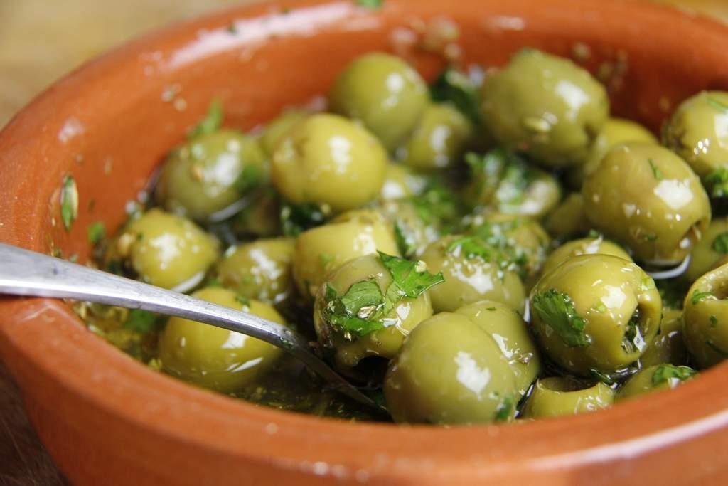 Gemarineerde olijven tapas