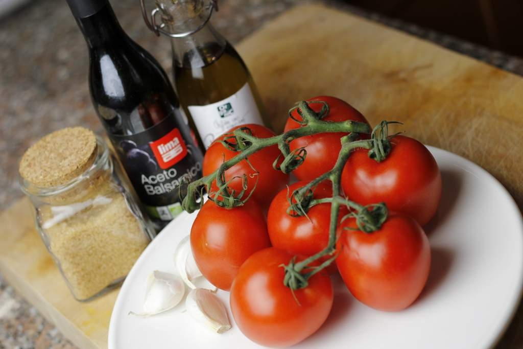 afbeelding 1-gemarineerde-tomaten-ingredienten-jpg