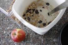 afbeelding 23_haver-ontbijt_voeg-nog-een-beetje-melk-toe-jpg