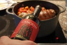 Voeg de Italiaanse wijn toe