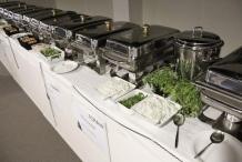 Met 8 koks hebben we een Indiaas buffet voor 230 collega's bereid.