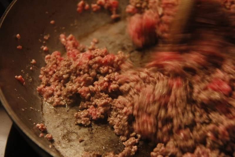 afbeelding lasagne-14-bak-het-gehakt-jpg