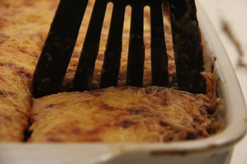 afbeelding lasagne-24-snij-mooie-stukken-jpg