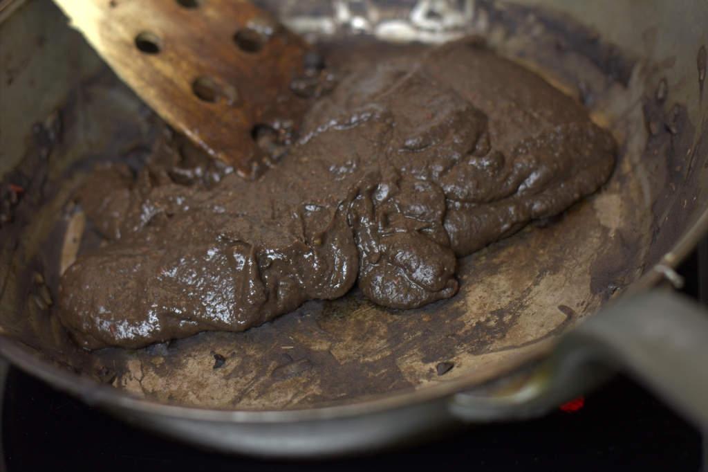 afbeelding 27-zwartebonen-saus-doe-terug-in-de-koekenpan-jpg