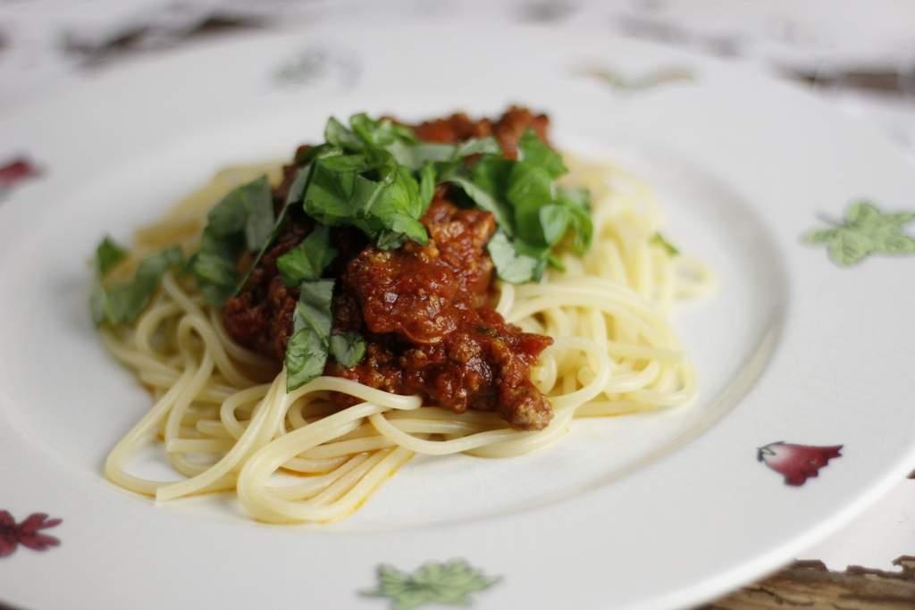 image 18-pasta-bolognese-jpg