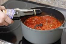 image 05-pasta-bolognese-baslamico-erbij-jpg