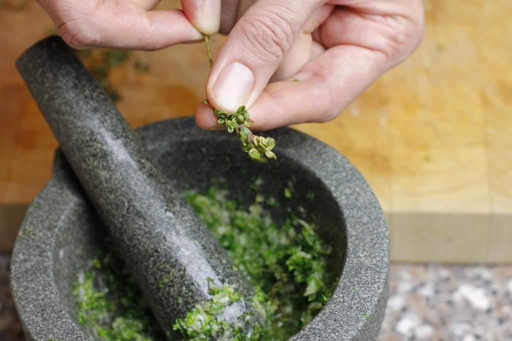 afbeelding 13-champignonnes-ris-de-blaadjes-van-de-citroenthijm-jpg