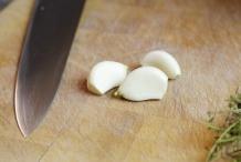 image 02-champignonnes-pel-de-knoflook-jpg