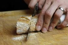 afbeelding 17-champignonnes-snijd-het-stokbrood-jpg