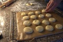 16 scones, klaar voor de oven