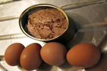 image 2_zet-alvast-de-eieren-en-de-tonijn-uit-blik-klaar-jpg