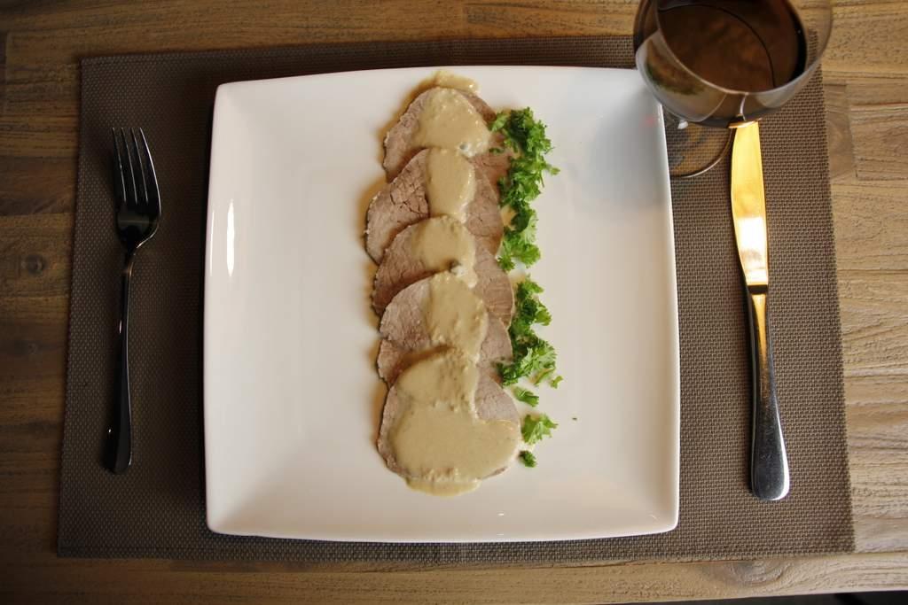 afbeelding 38-vitello-tonato-opdienen-jpg