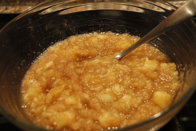 image 20120115-2-het-resultaat-een-heerlijke-schaal-appelmoes-jpg