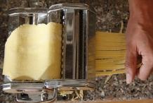 Kies de spagetti of tagliatella stand